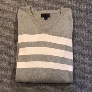 Banana Republic V-Neck Sweater Size XL